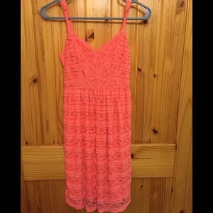 Junior Small lace dress with adjustable straps